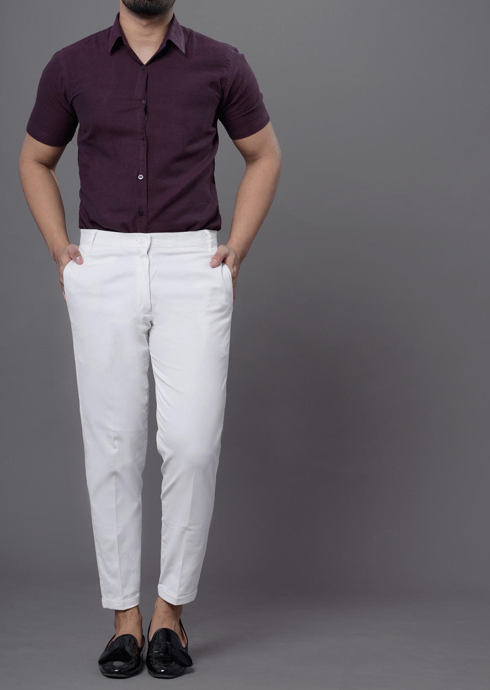Carrot fit chinos in white