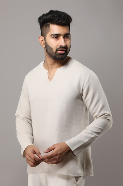 Men's Off-White Textured Short Kurta