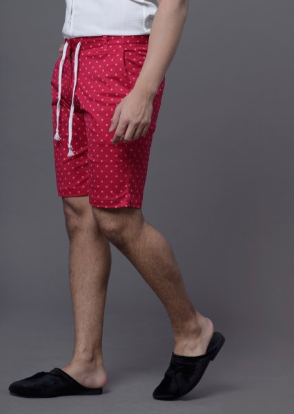Men's Dotted shorts in red