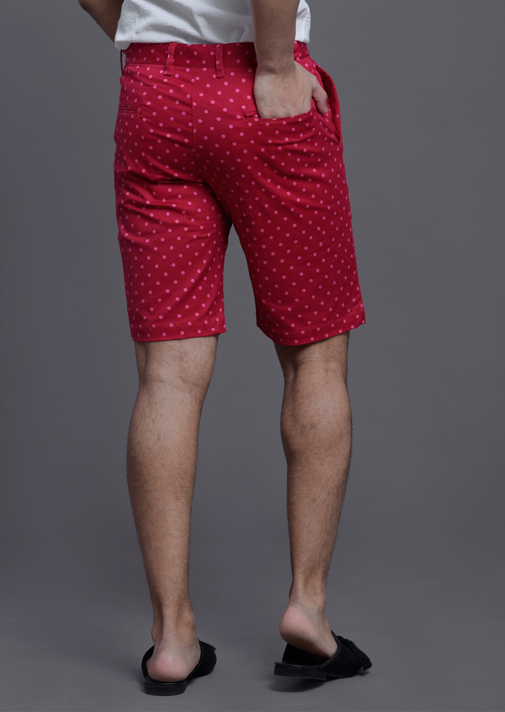 Dotted shorts in red