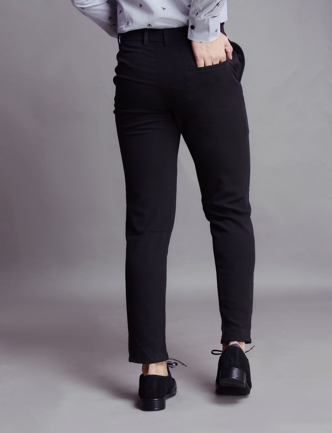 Flowing ankle pants