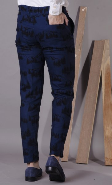 Men's Printed pants with cut bottoms
