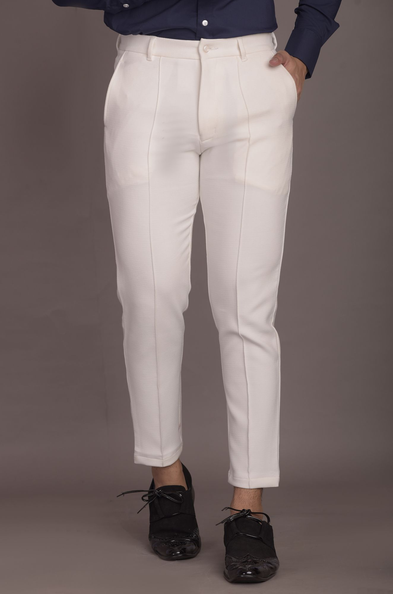 Tapered Fit Pants in White