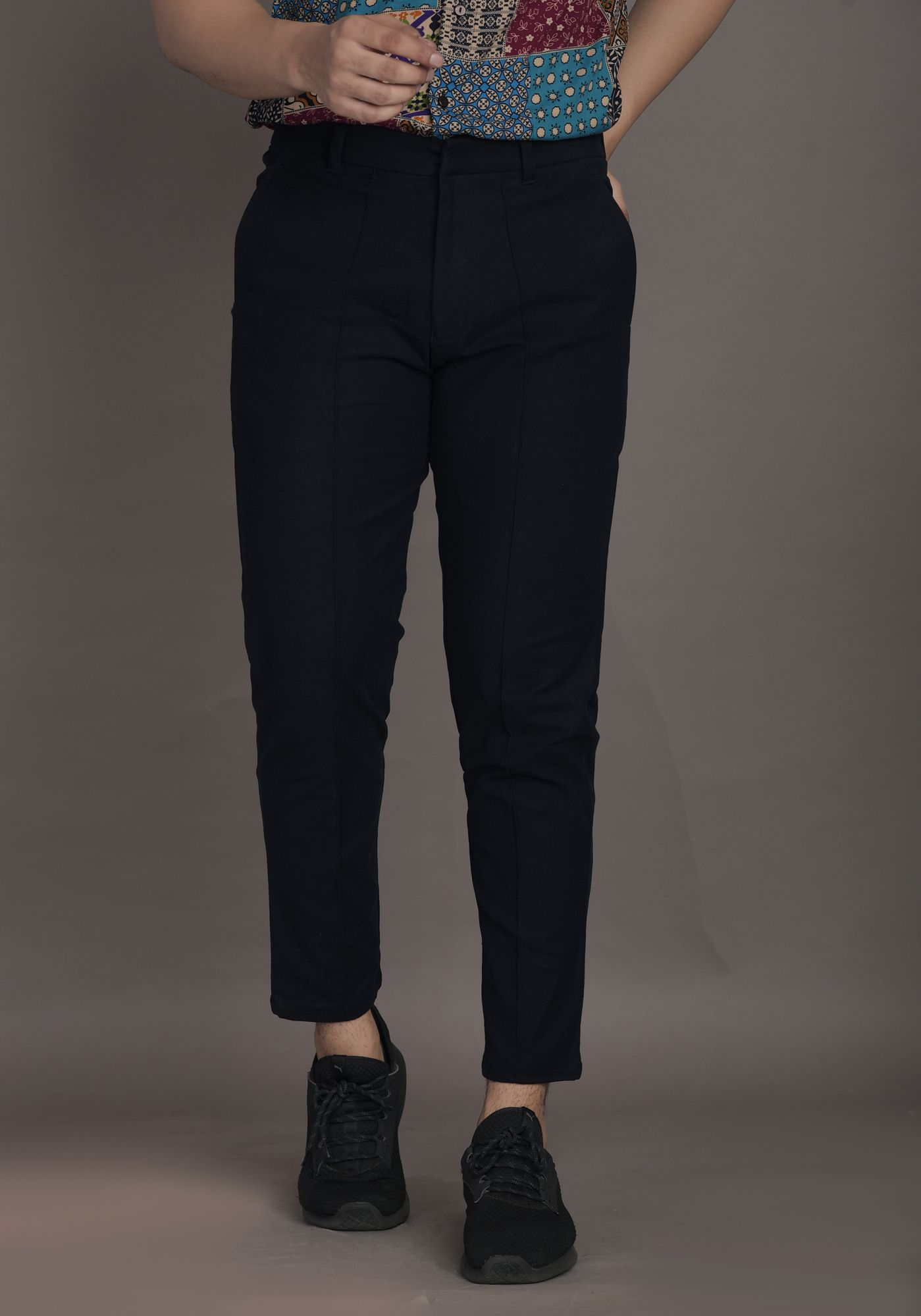 Carrot Fit Pants in Navy Blue