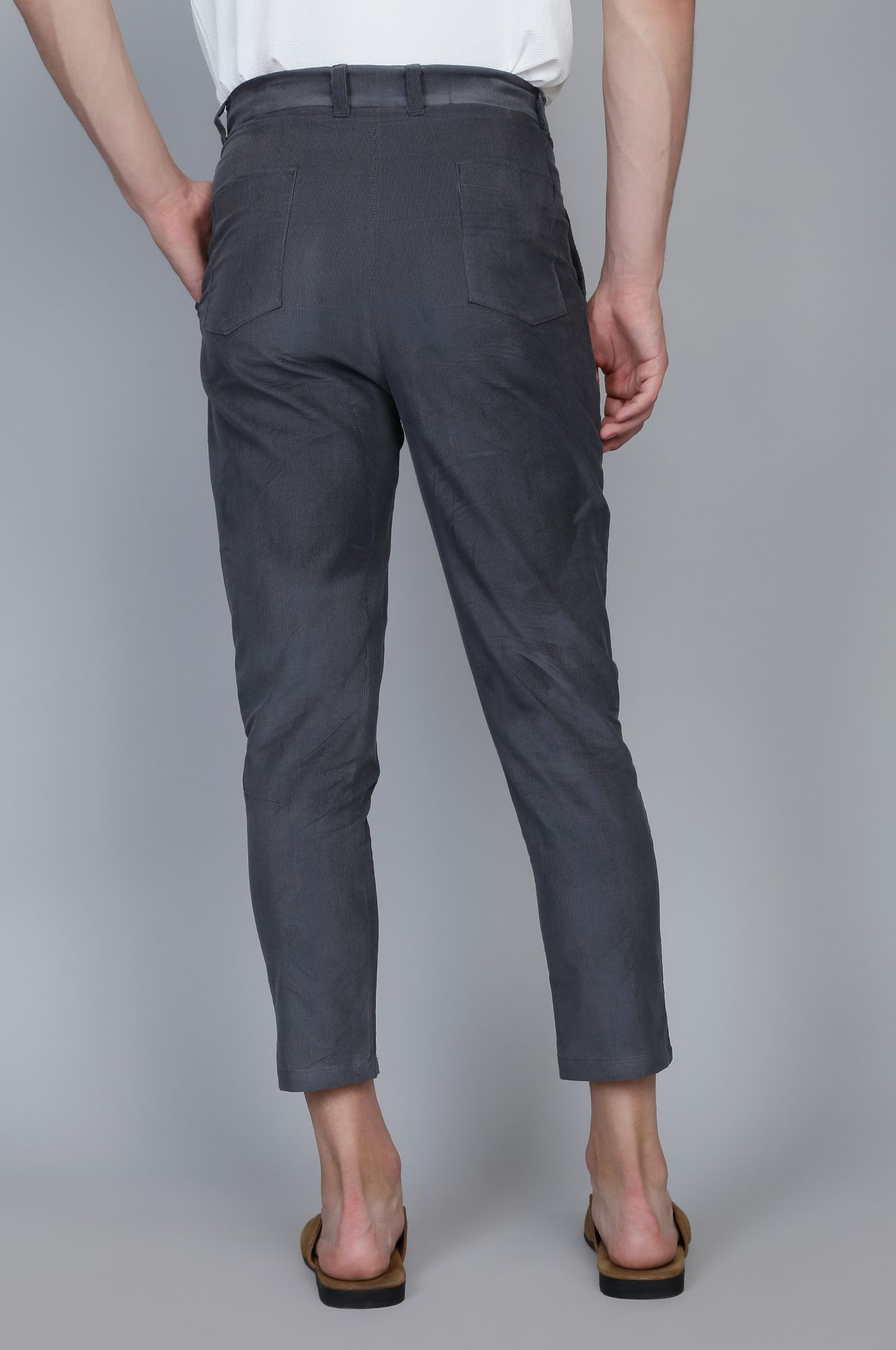 Corduroy Ankle pants in Grey