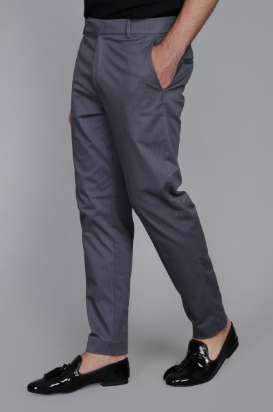 Men's Striped Tailored fit pants in Grey